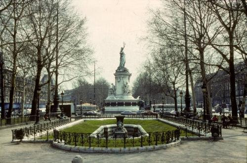 République avant.jpg