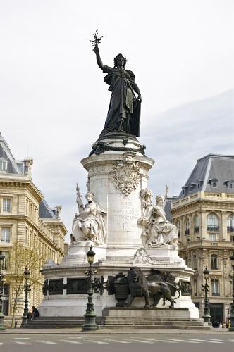 A_la_Gloire_de_la_République_Française.jpg