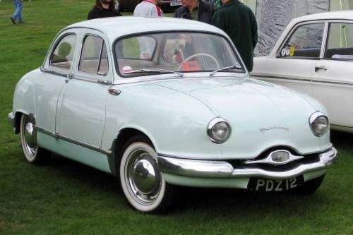 1280px-Panhard_Dyna_Z_851cc_manufactured_1958.jpg